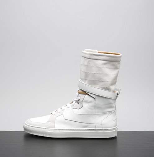 Kris-Van-Assche-Fall-2009-High-Top-Sneakers-01