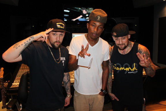 RANDOM: Pharrell Williams x In The Studio w/ Madden ...